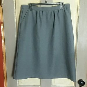 Cricket Lane Darker Gray Business Skirt